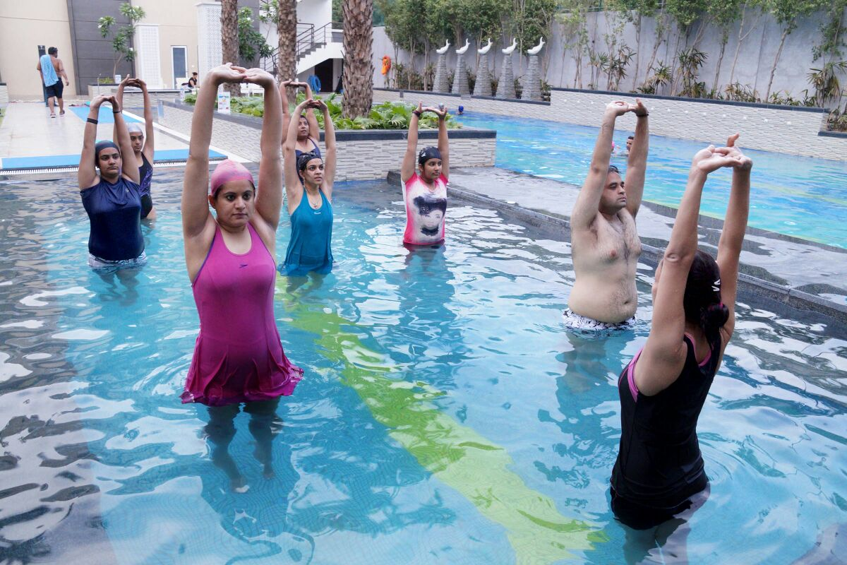Aqua yoga vclub